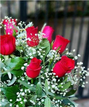 Kalbimden Kalbine 9 Kırmızı Gül Aranjman