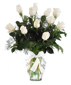Sonsuz Sevgi 11 Beyaz Gül Aranjmanı