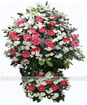 Pembe/Beyaz Çiçeklerden Ferforje