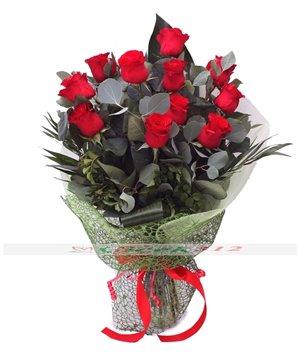 Aşkın Sembolü Kırmızı Güller