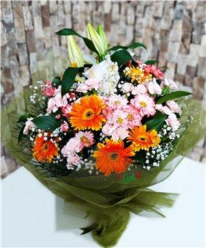 Mevsim Çiçekleri Buketi-05